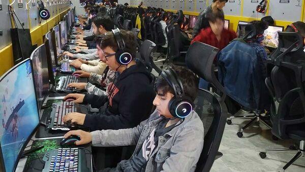 İnternet Kafe - Sputnik Türkiye