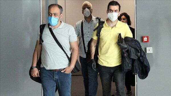 İranlı yolcular - Sputnik Türkiye