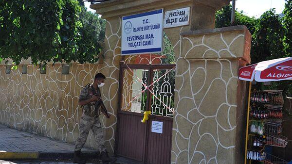 Gaziantep'te asker adayının testi pozitif çıktı, 68 kişi karantinaya alındı - Sputnik Türkiye