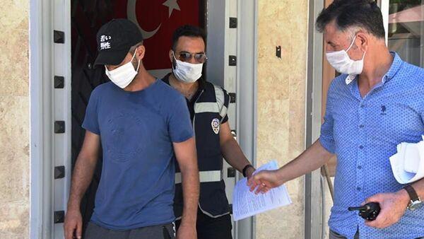 Tövbe edince polisin para yardımında bulunduğu hırsız, yine aynı suçtan yakalandı - Sputnik Türkiye