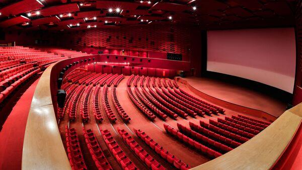 Karo Film Oktyabr Sinema Salonu, Moskova, Rusya - Sputnik Türkiye
