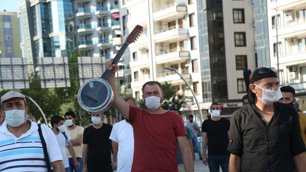 Düğün salonları açılıyor, müzisyen ve sanatçılar kaygılı - Sputnik Türkiye
