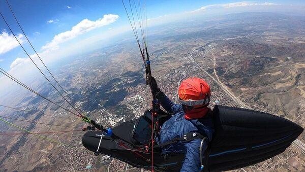 Çorum'dan Konya'ya yamaç paraşütü ile uçup 8 saat 15 dakika havada kaldı - Sputnik Türkiye